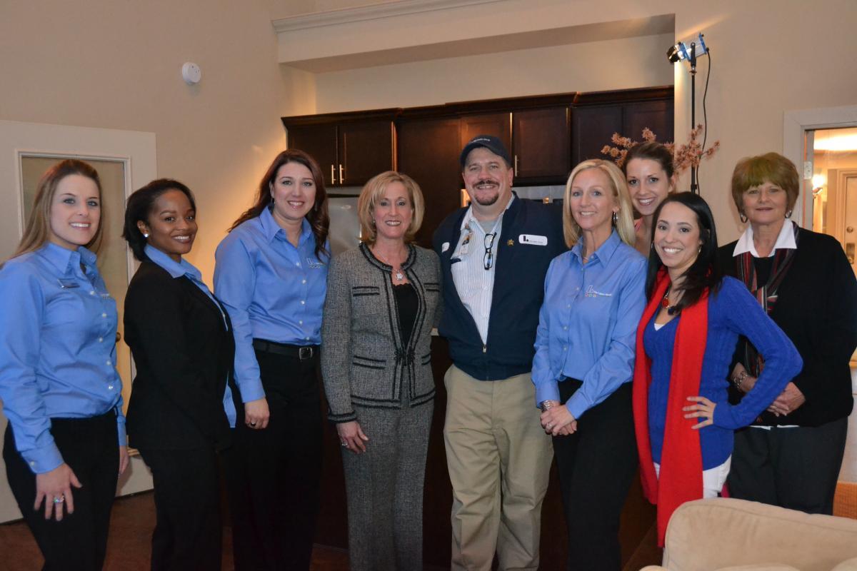 Rep. Ann Wagner Tours St. Louis Apartment Community