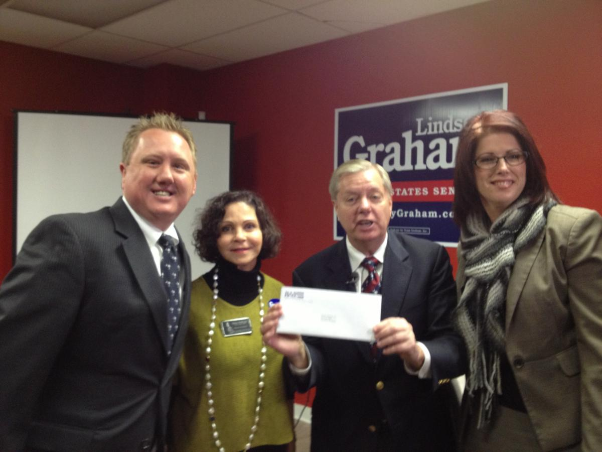 Senator Graham with Members of the Charleston Apartment Association